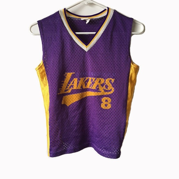 51a41982bee LA Lakers Kobe Bryant Jersey youth small. M 5ae61ad4077b97ee72f41538